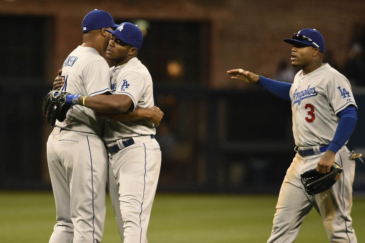 The missed call ultimately didn't hurt Carl Crawford and the Dodgers on Tuesday.