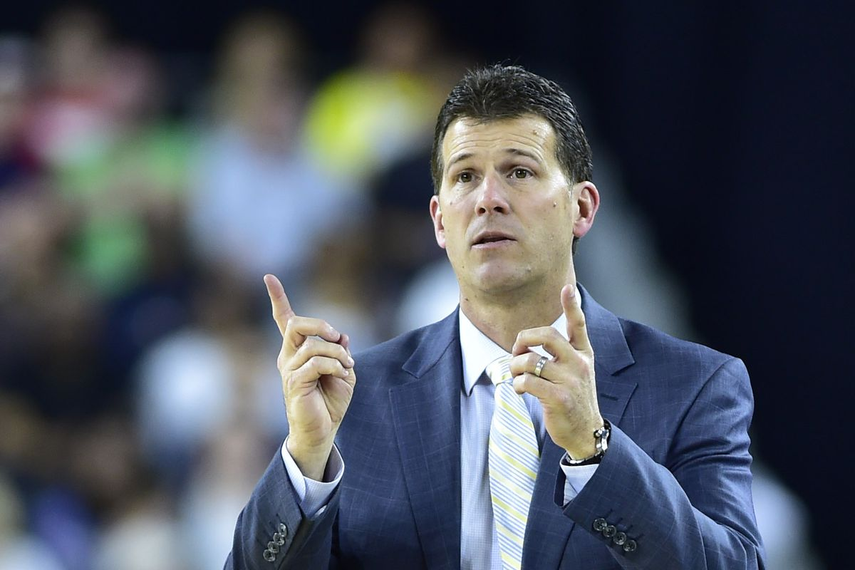 Steve Alford was experimenting last night with lineups.