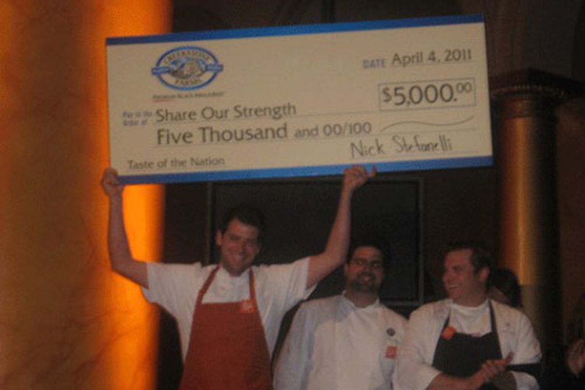 Bibiana's Nick Stefanelli comes away with the win! And $5,000 for Share Our Strength.