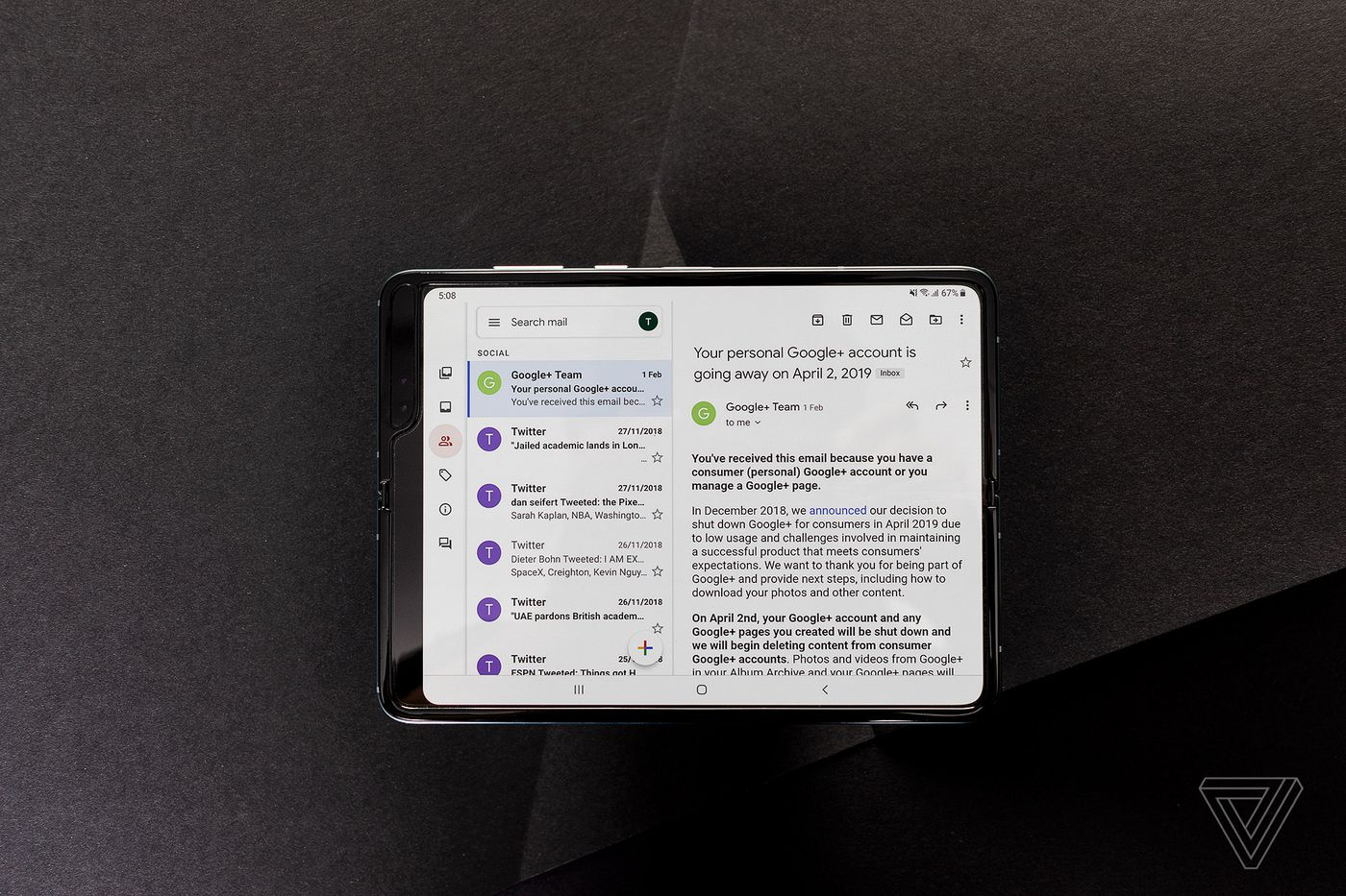Samsung Galaxy Fold review: broken dream - The Verge