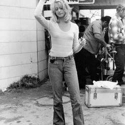 Goldie Hawn, 1975
