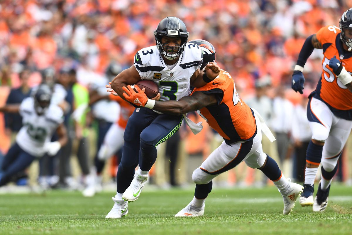Broncos Vs Seahawks Denver Holds On For A 27 24 Home Win Over