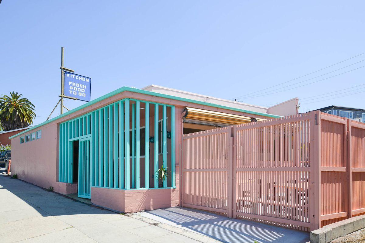 Silver Lake\'s Hot Hot Food Flips Into New Near-Vegan Restaurant ...
