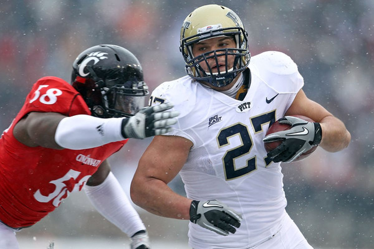 Henry Hynoski #27 of the Pittsburgh Panthers (Photo by Andy Lyons/Getty Images)