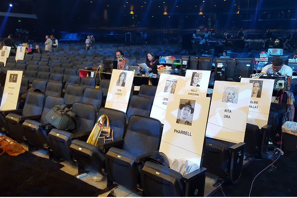 MTV-VMAs-Seating-01_2015_08.jpg