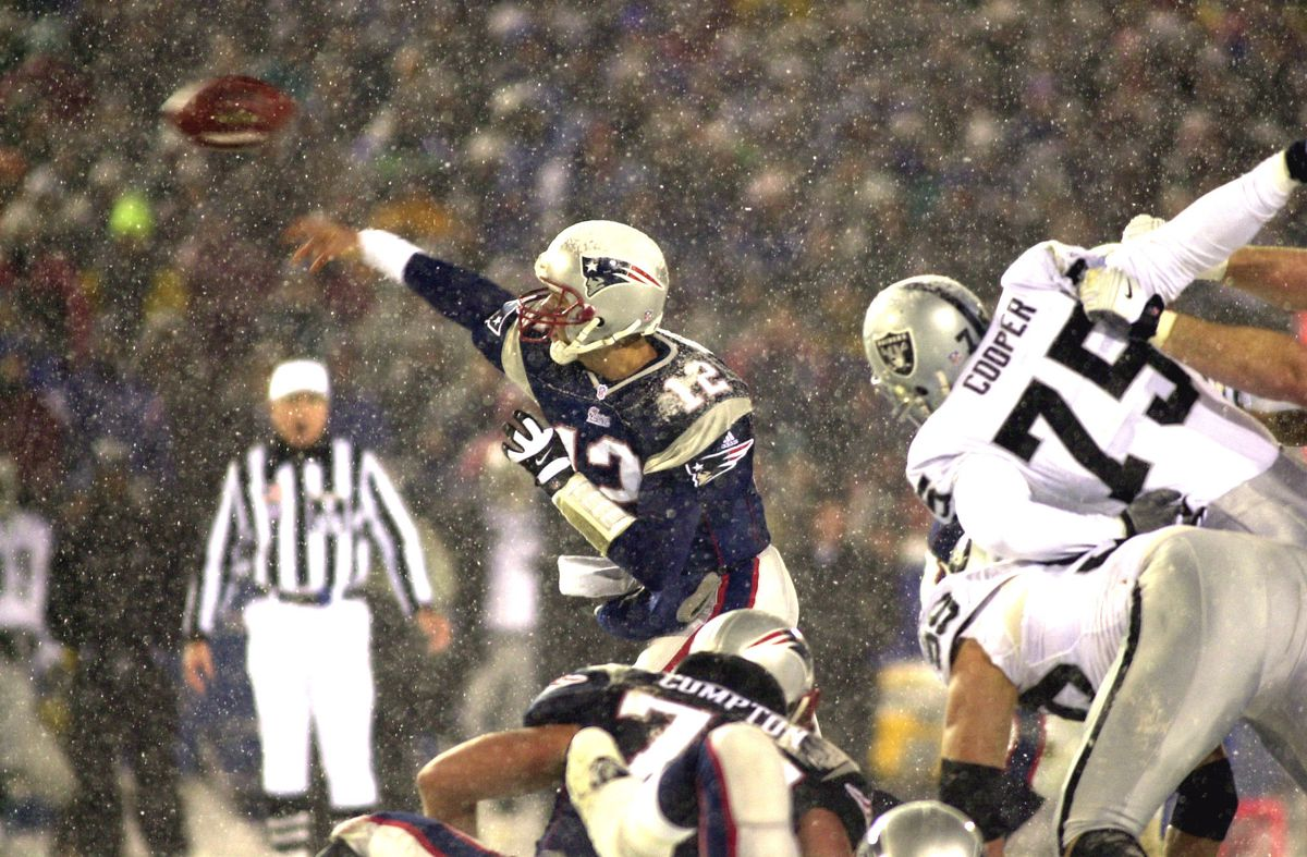 2001 AFC Divisional Playoff Game - Oakland Raiders vs New England Patriots - January 19, 2002