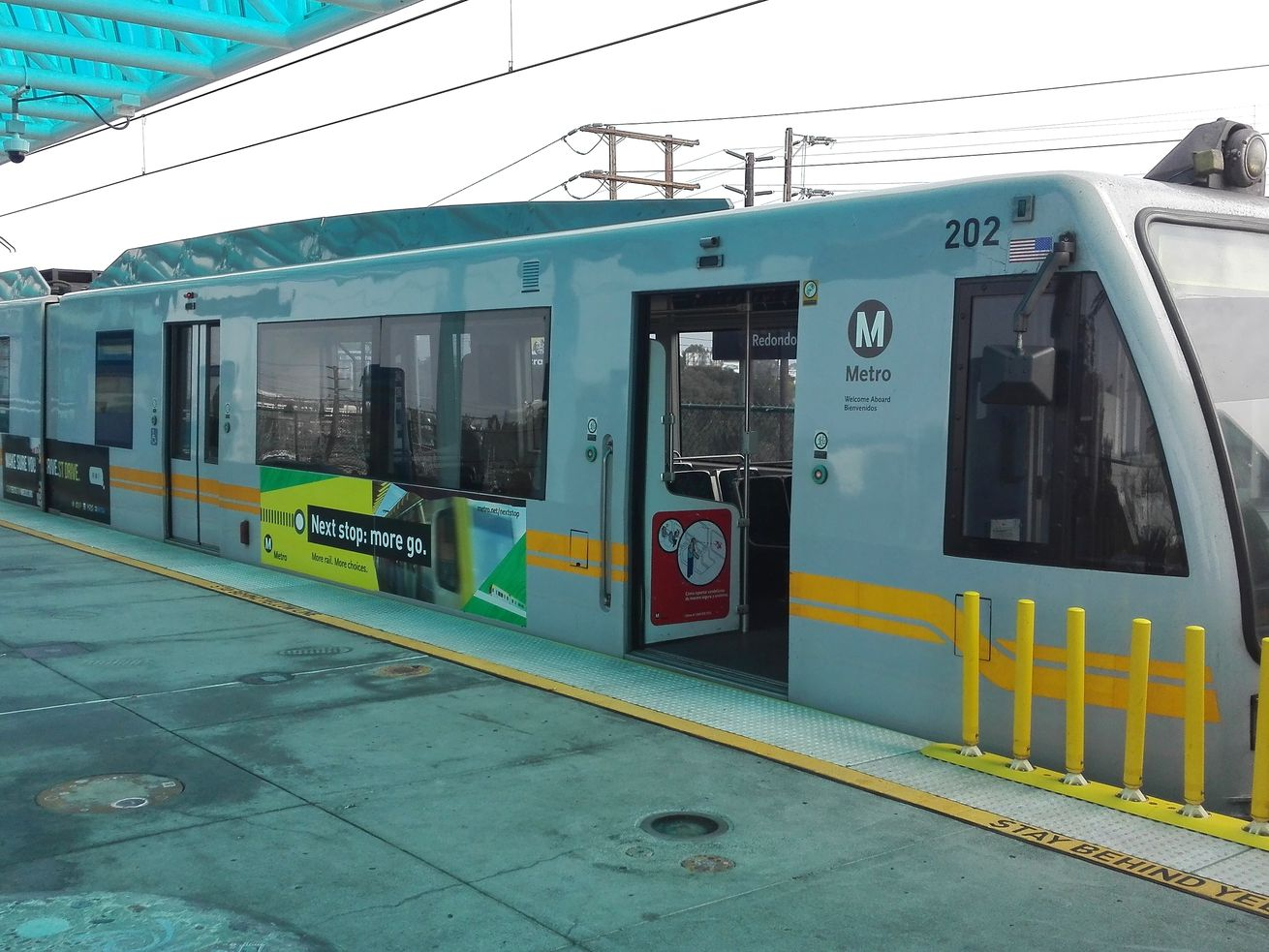 Metro staff is recommending a plan that would divide up the Green Line in order to connect part of it to the Crenshaw Line.