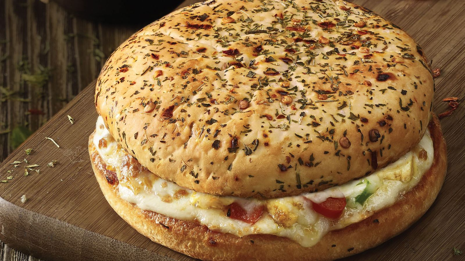 Domino 39 s new burger pizza is sadly only available in india - Dominos pizza paterna ...