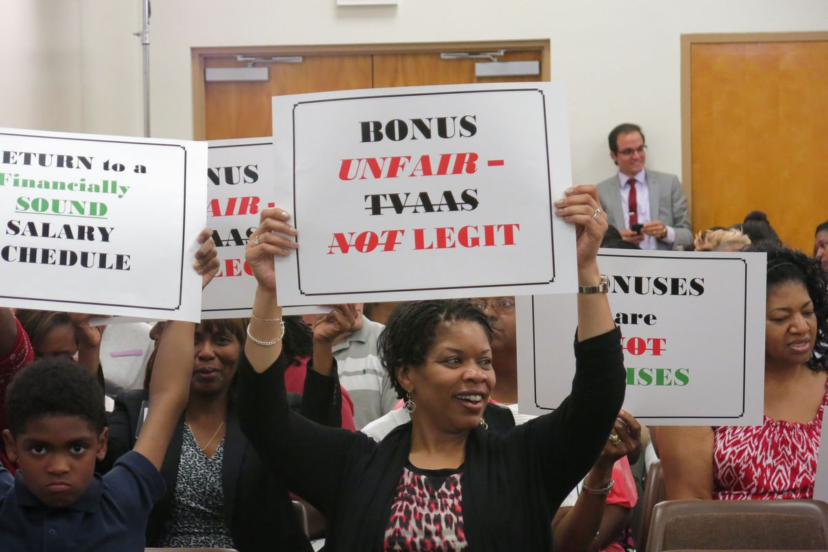 In 2014, Shelby County School teachers protest a bonus pay plan similar to the one Knox County teachers sued the state over.