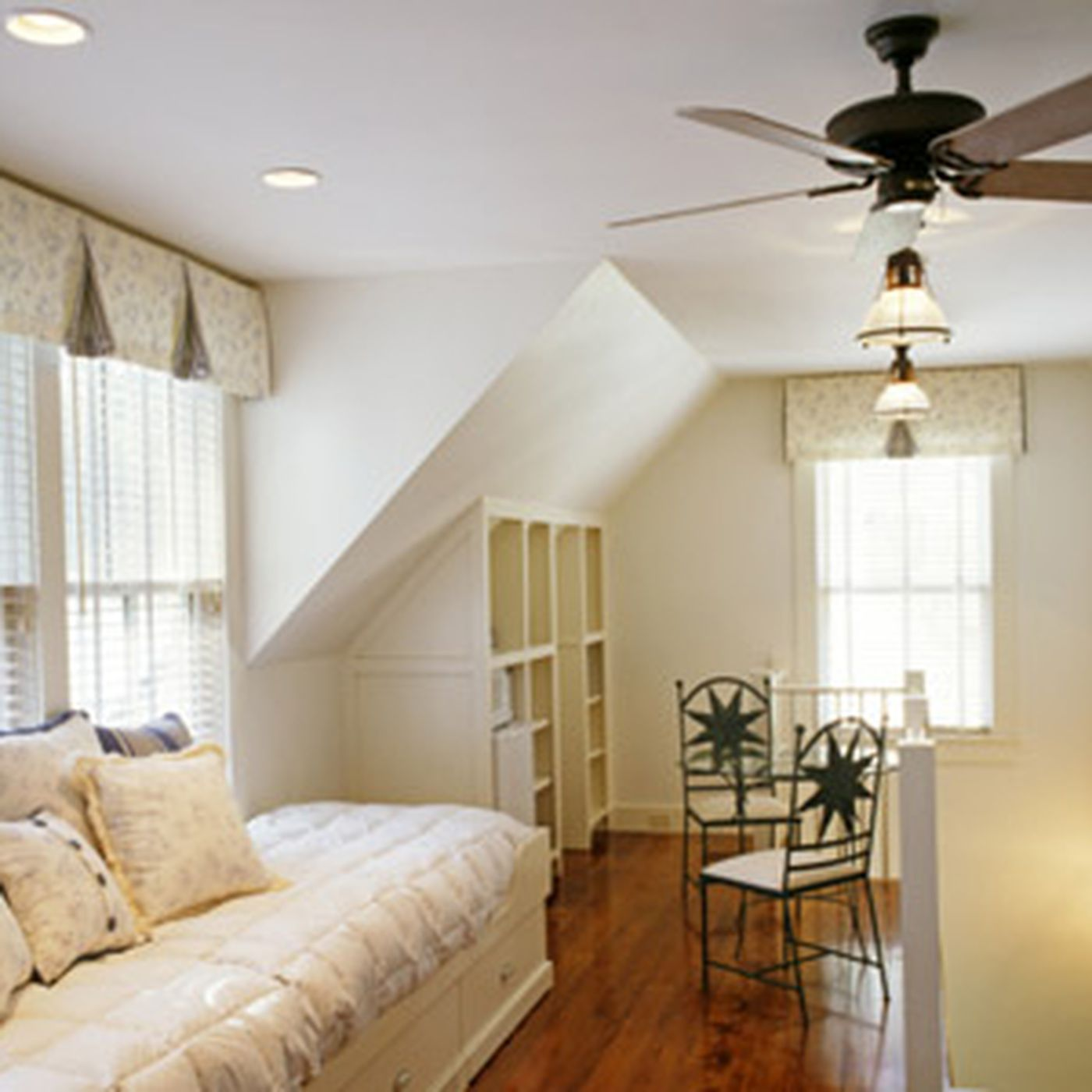 How To Size Up A Ceiling Fan This Old