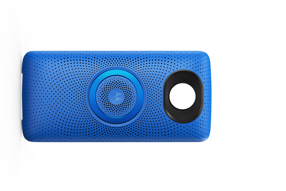 Motorola Adds New Moto Stereo Speaker to Its Moto Mods Lineup