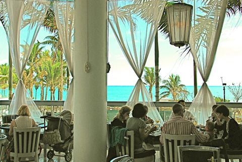 Scarpetta Fontainebleau 4401 Collins Ave Miami Beach