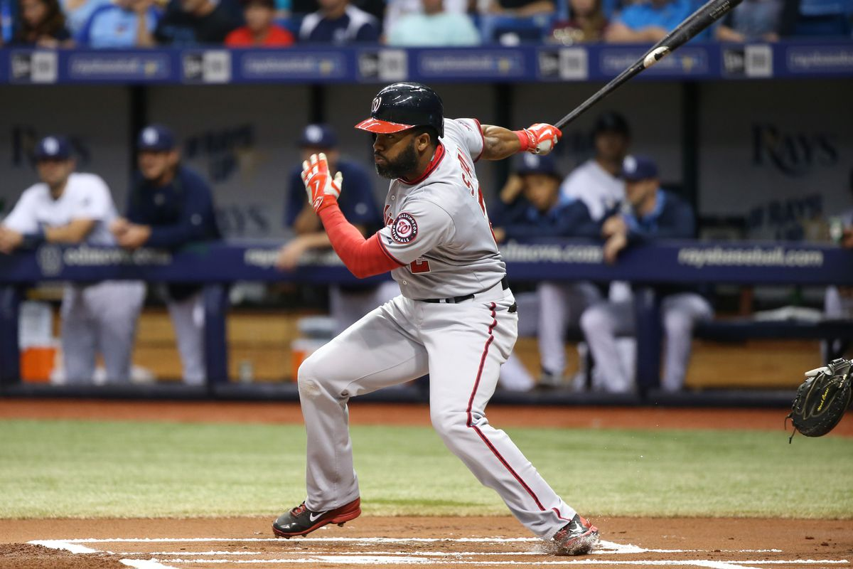 We entered the 2015 campaign feeling pretty confident that the Nats would be extending qualifying offers to all four key free agents. Now that the season is over, we're left wondering whether they'll give QO's to two or three of those four players.
