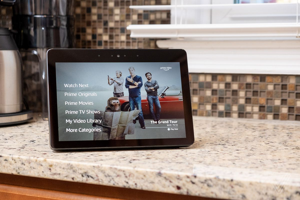 New Echo Show 2018 Review Bigger Screen And Better Sound Aren T