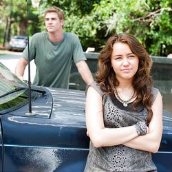 """Miley Cyrus and Liam Hemsworth star in Nicholas Sparks' manipulative """"The Last Song."""""""