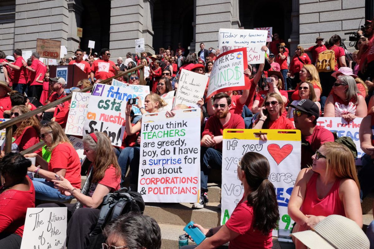 Thousands of Colorado teachers rally on the steps of the Capitol on Friday, April 27. (Erica Meltzer/Chalkbeat)