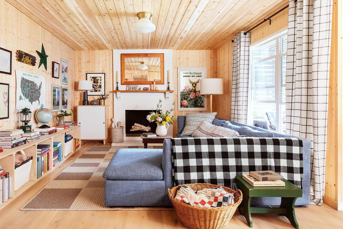 Spring 2021, Low cost, high impact, wood-paneled living room