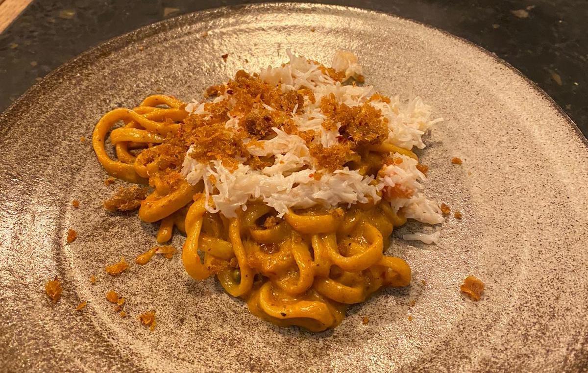 Crab curry spaghetti at Singburi x Ombra