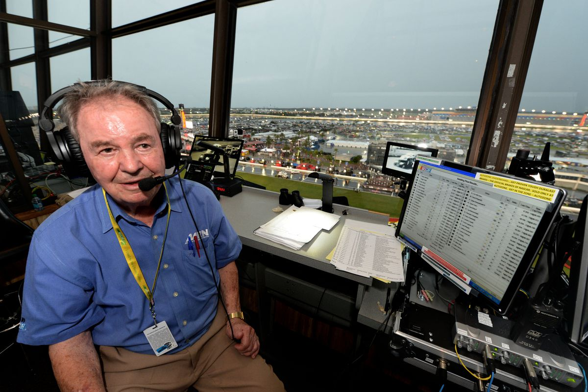 2014 coke zero 400  barney hall to call final nascar race