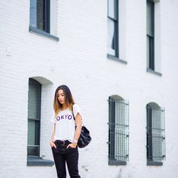 """Jenny of <a href=""""http://www.neonblush.com""""target=""""_blank"""">Neon Blush</a> is wearing a Wildfox tee and <a href=""""http://www.shopbop.com/marissa-slouchy-skinny-jeans-wildfox/vp/v=1/1584806148.htm?folderID=2534374302177039&fm=other-shopbysize-viewall&col"""