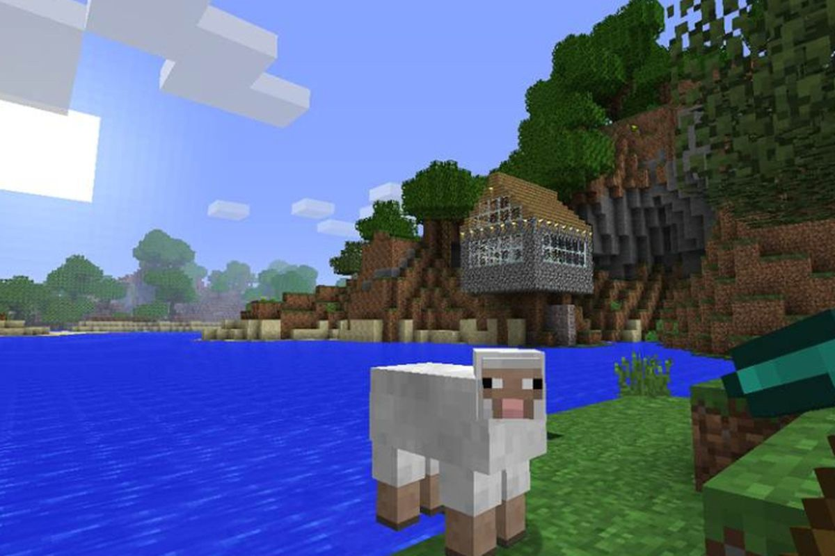 Microsoft Needs Minecraft to Boost Mobile Ambitions - Recode