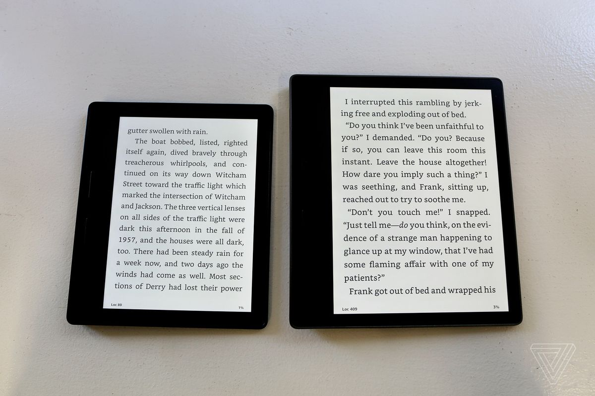 Amazon finally makes a waterproof kindle after 10 years of kindles but amazon has made a point of saying that it managed to fit in a bigger battery while keeping the tapered side of the device at 34 millimeters fandeluxe Image collections