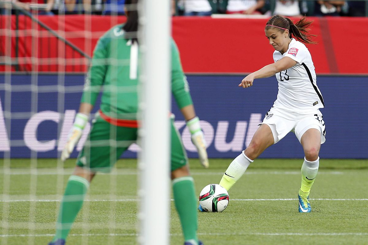 Alex Morgan provided the game winning goal in USWNT's win over Colombia on Monday.