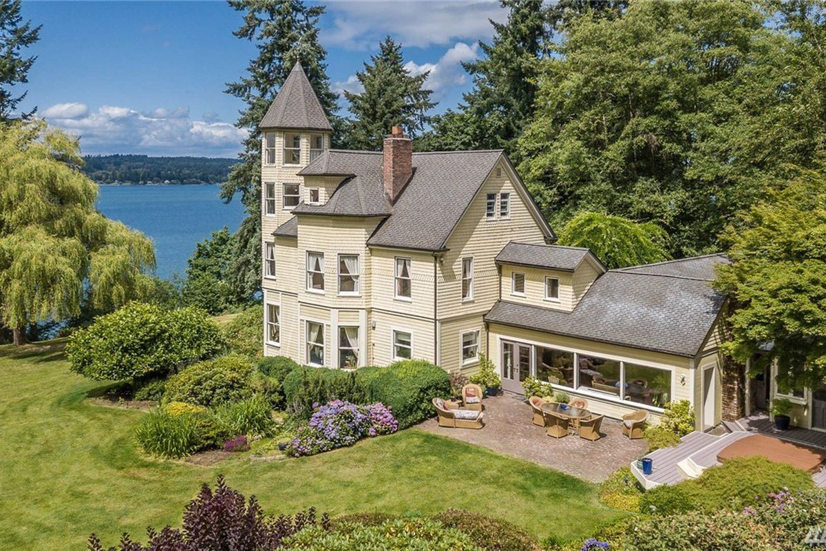 Sutter S Castle Lists At 3 5m On Vashon S Waterfront