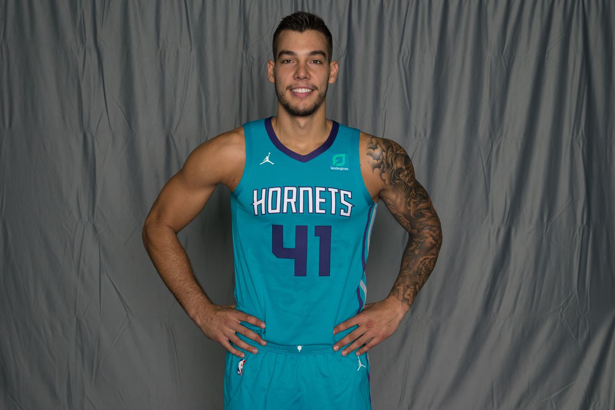 100% authentic 47a75 50752 Charlotte Hornets player preview: Can Willy Hernangomez be ...
