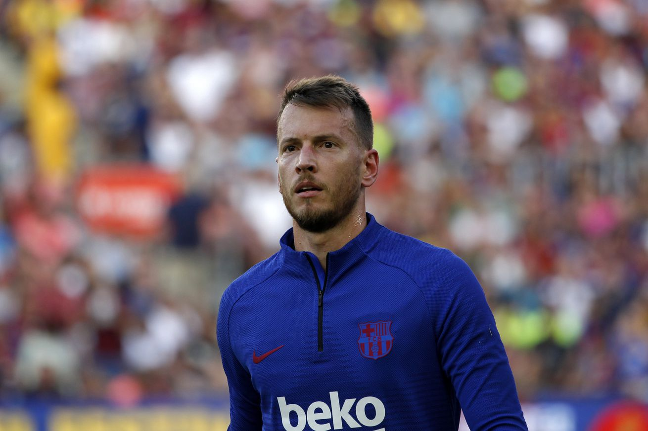 Neto out 5 weeks with wrist injury - blogs de Football News