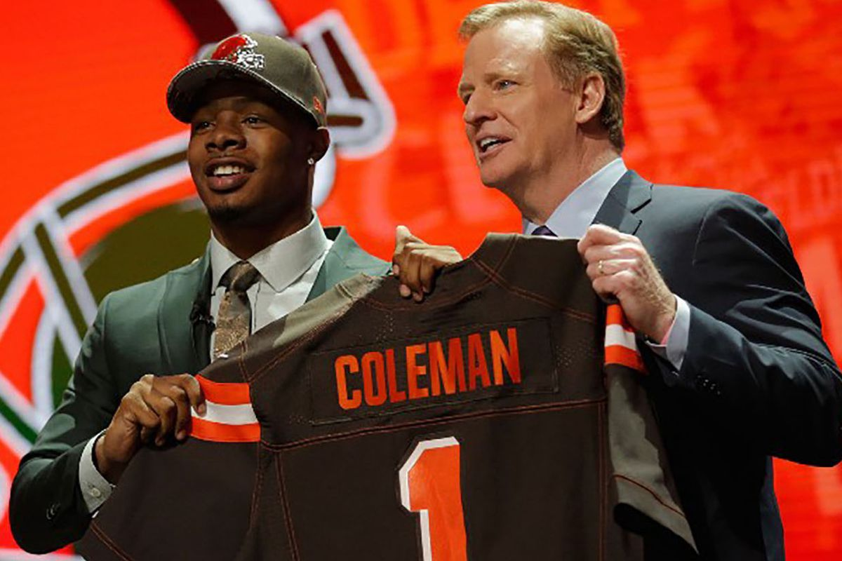 59f18a255 Defining the 2016 NFL Draft  Don t Trade Down Without a Plan - The ...