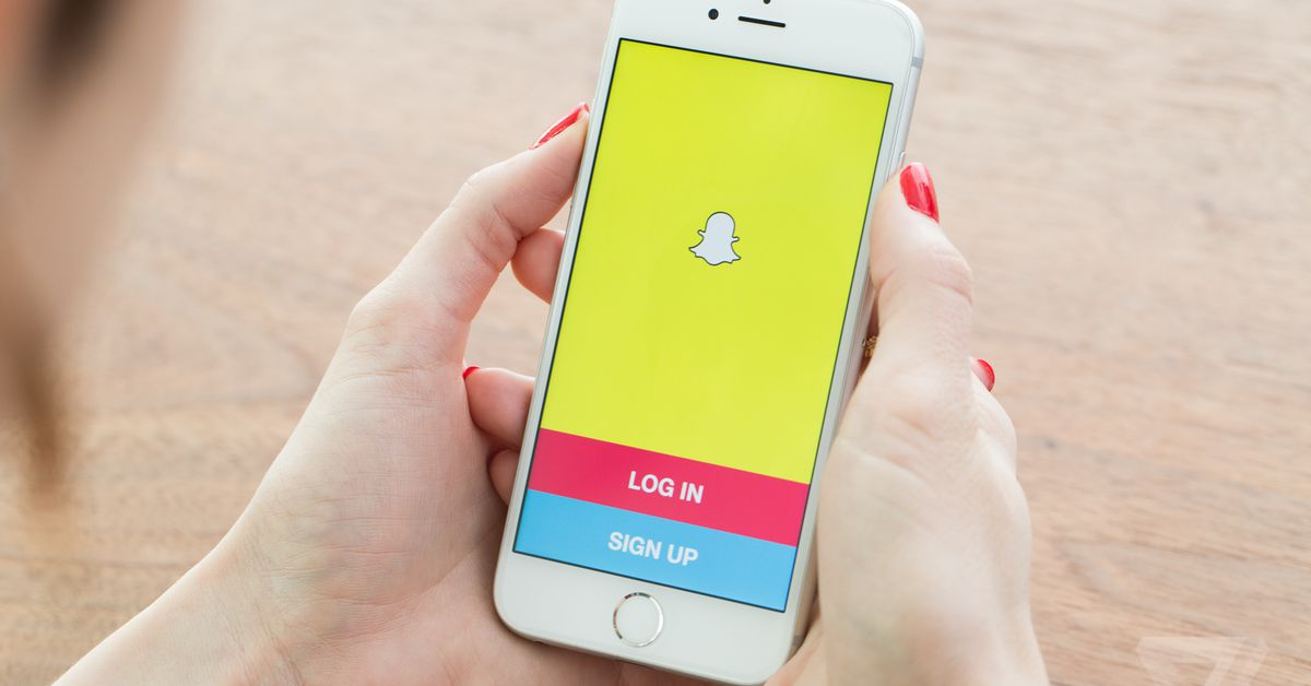 Snapchat will start reminding users to clean out their friends list - The Verge