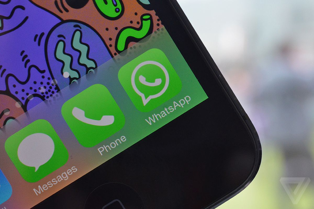 WhatsApp is blocking links to a competing messenger app - The Verge