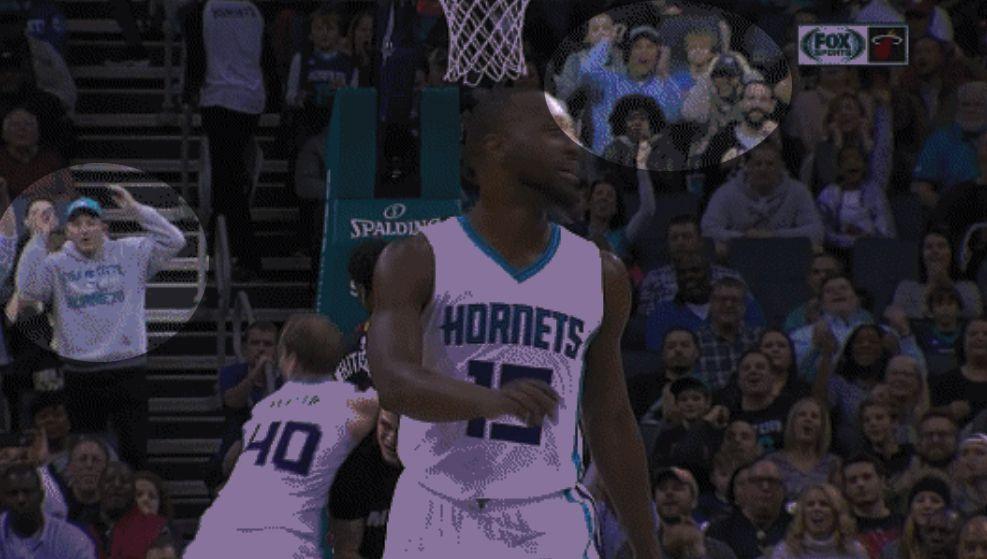 Kemba Walker fan reaction.