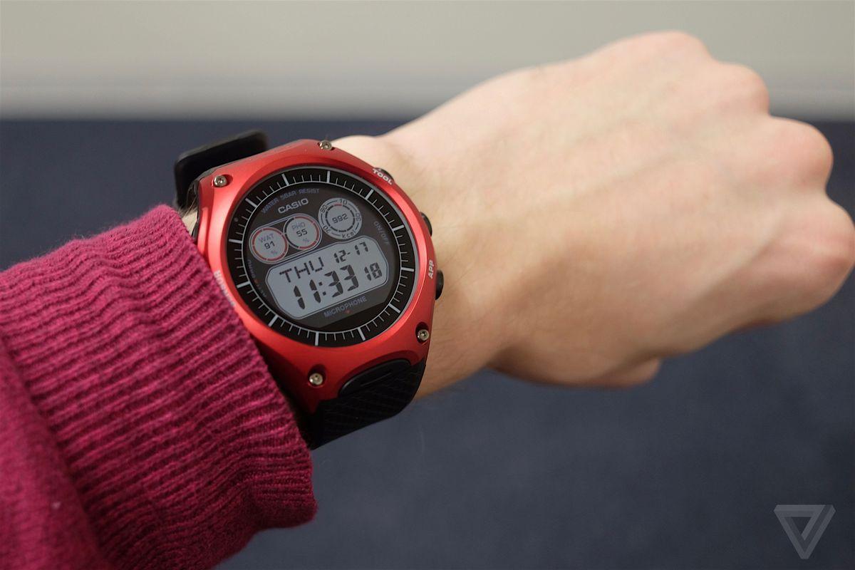 Casio Smart Outdoor Watch photos