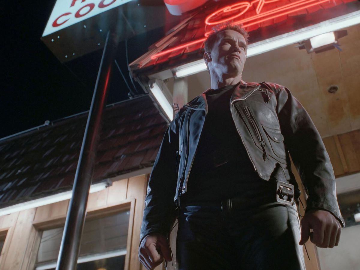 "Arnold Schwarzenegger stands outside a biker bar in ""Terminator 2: Judgment Day."""
