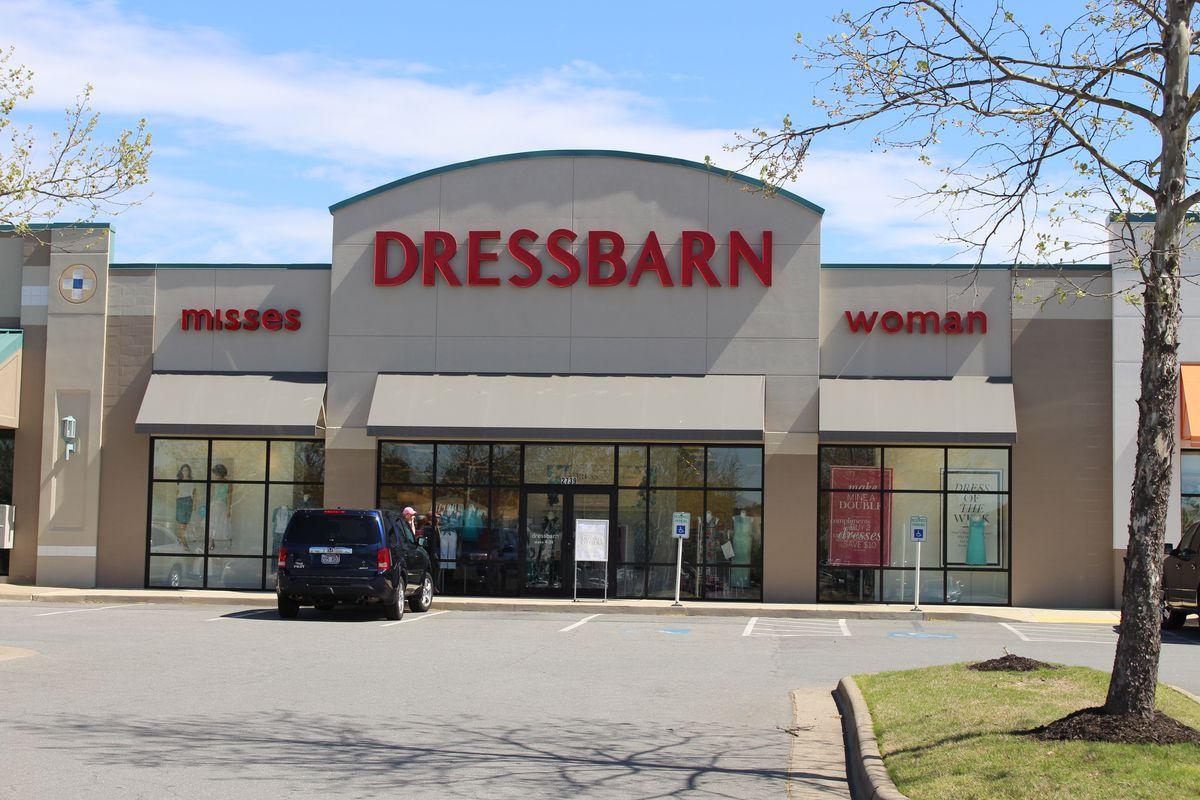 1d15e4a7c9 Dressbarn closing all 650 stores - Chicago Sun-Times