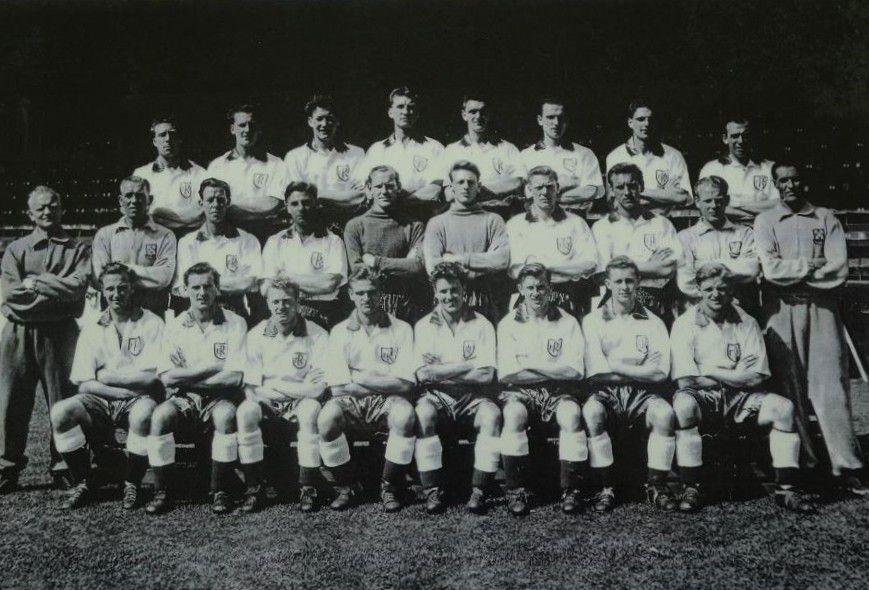 53/54 Team Photo