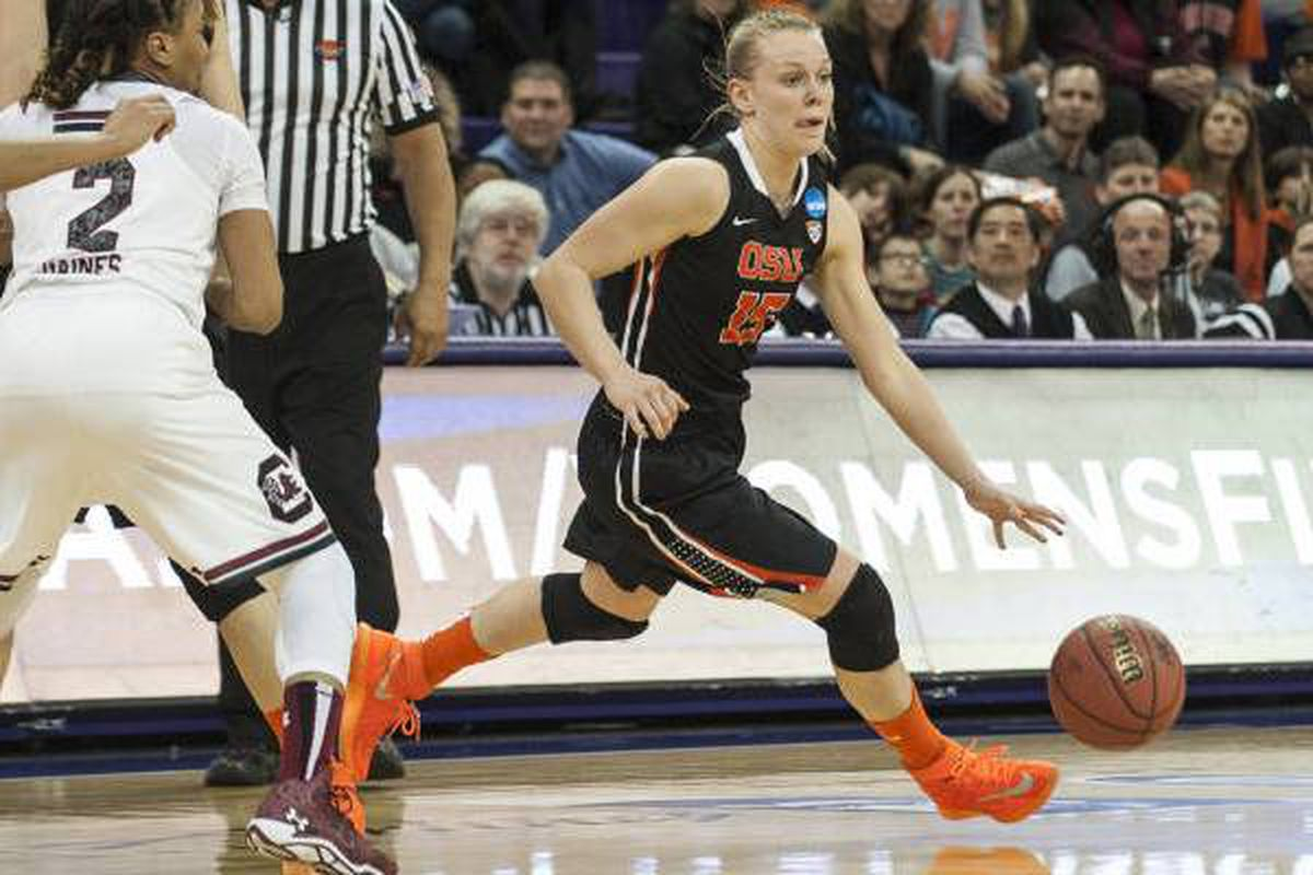 Jamie Weisner came off the bench to lead Oregon St., but could never out-distance South Carolina.