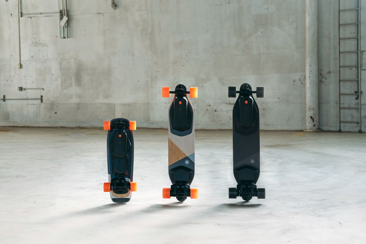 Science Model Electric >> Boosted's first short electric skateboard starts at $749 - The Verge