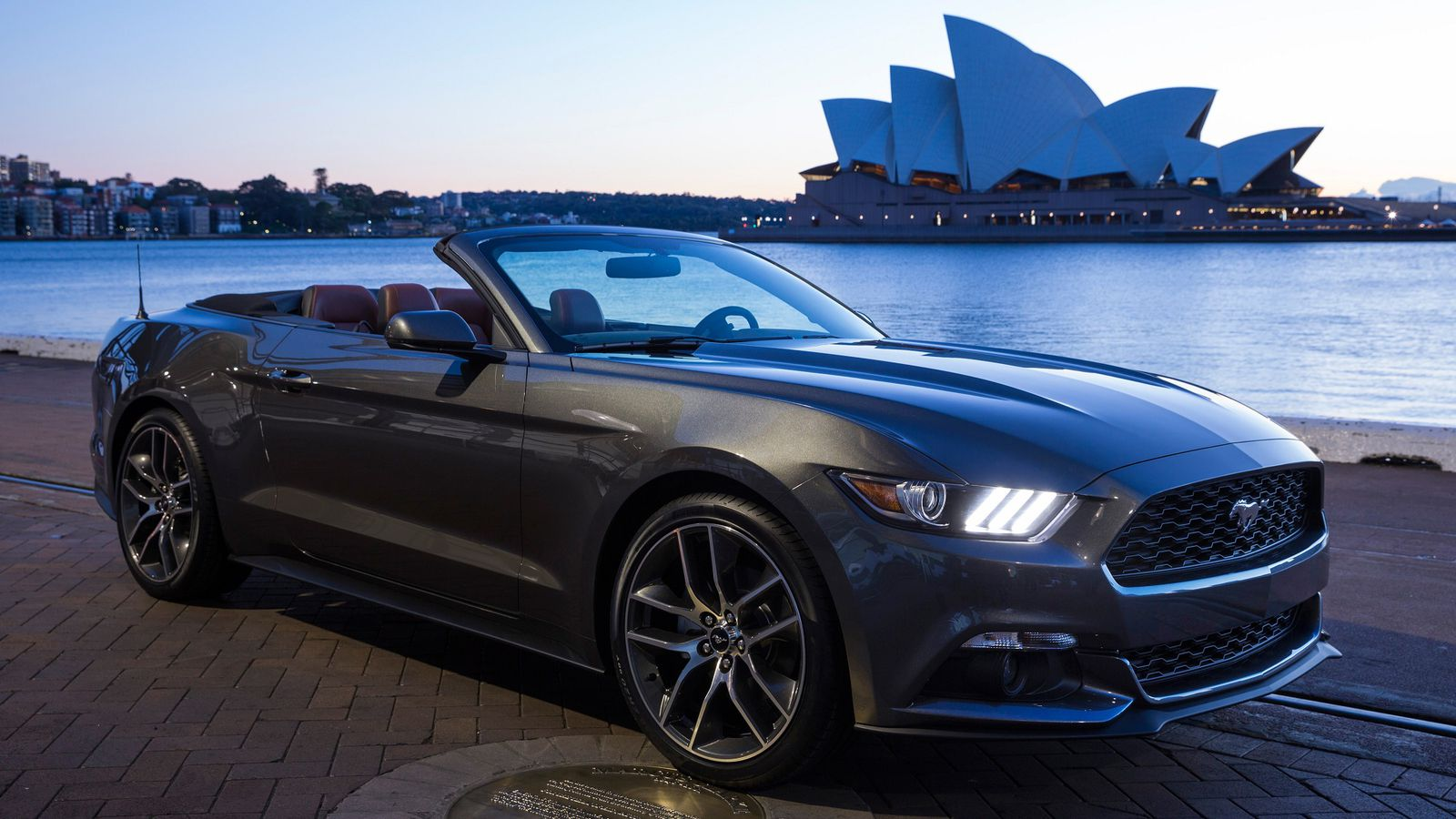 the ford mustang is the best selling sports car in the world the verge. Black Bedroom Furniture Sets. Home Design Ideas