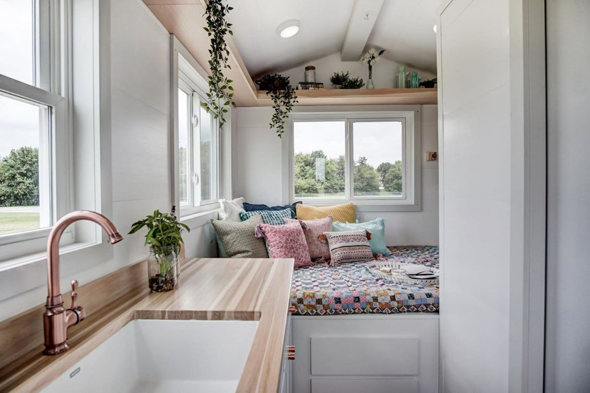 Tiny house packs all the essentials in 100 square feet for 100 sq ft room ideas