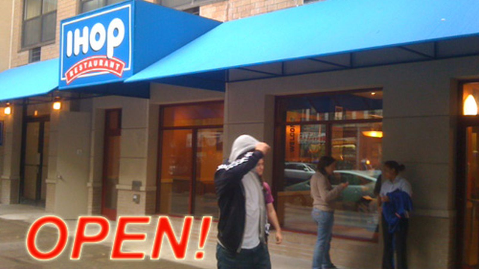 First Ever Downtown Location of IHOP Now Open - Eater NY