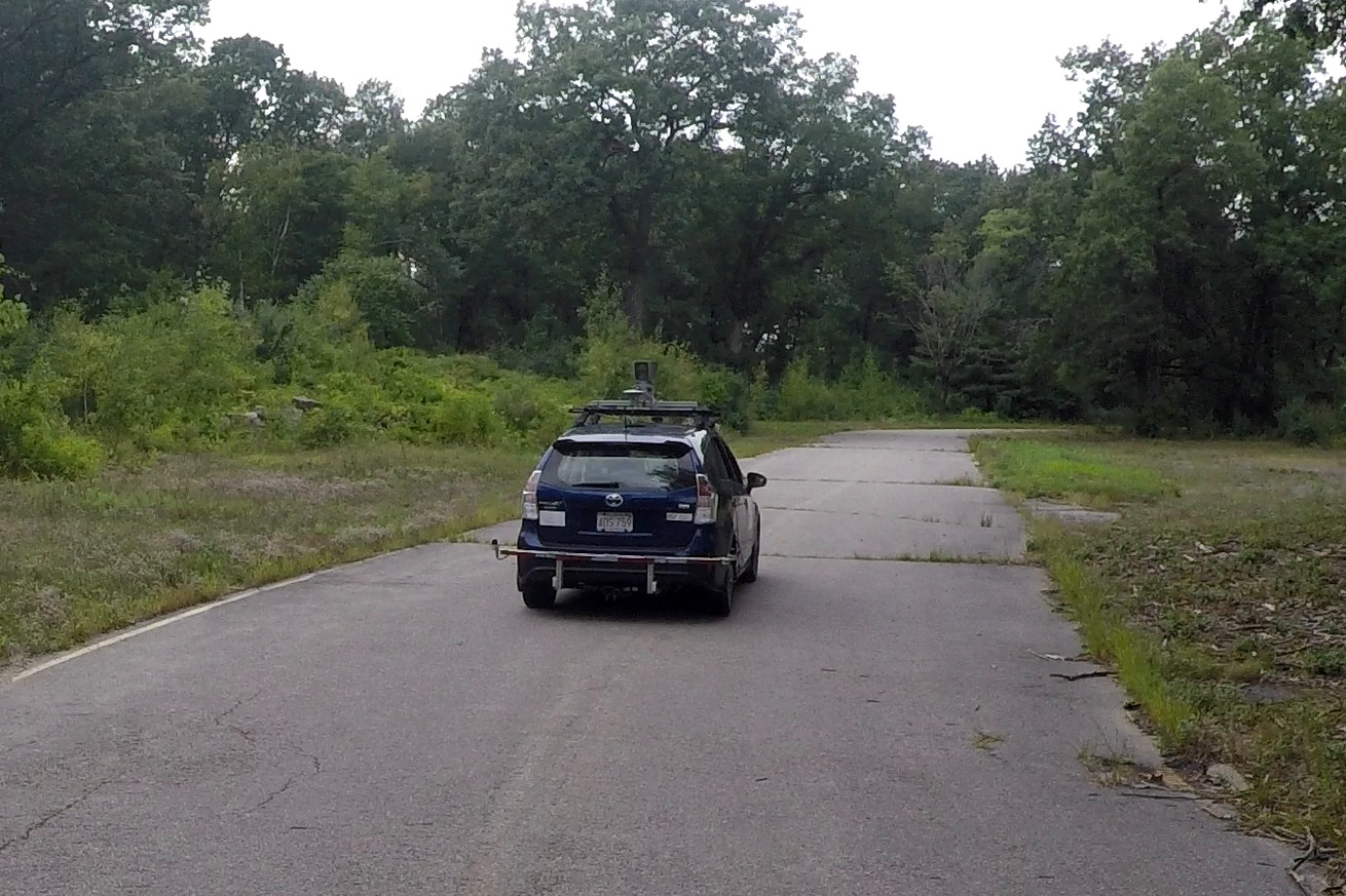 mit built a self driving car that can navigate unmapped country roads