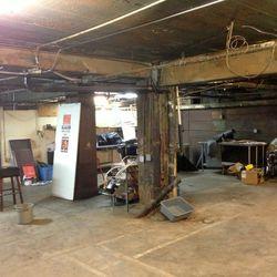 Main room of King Eddy's underground speakeasy