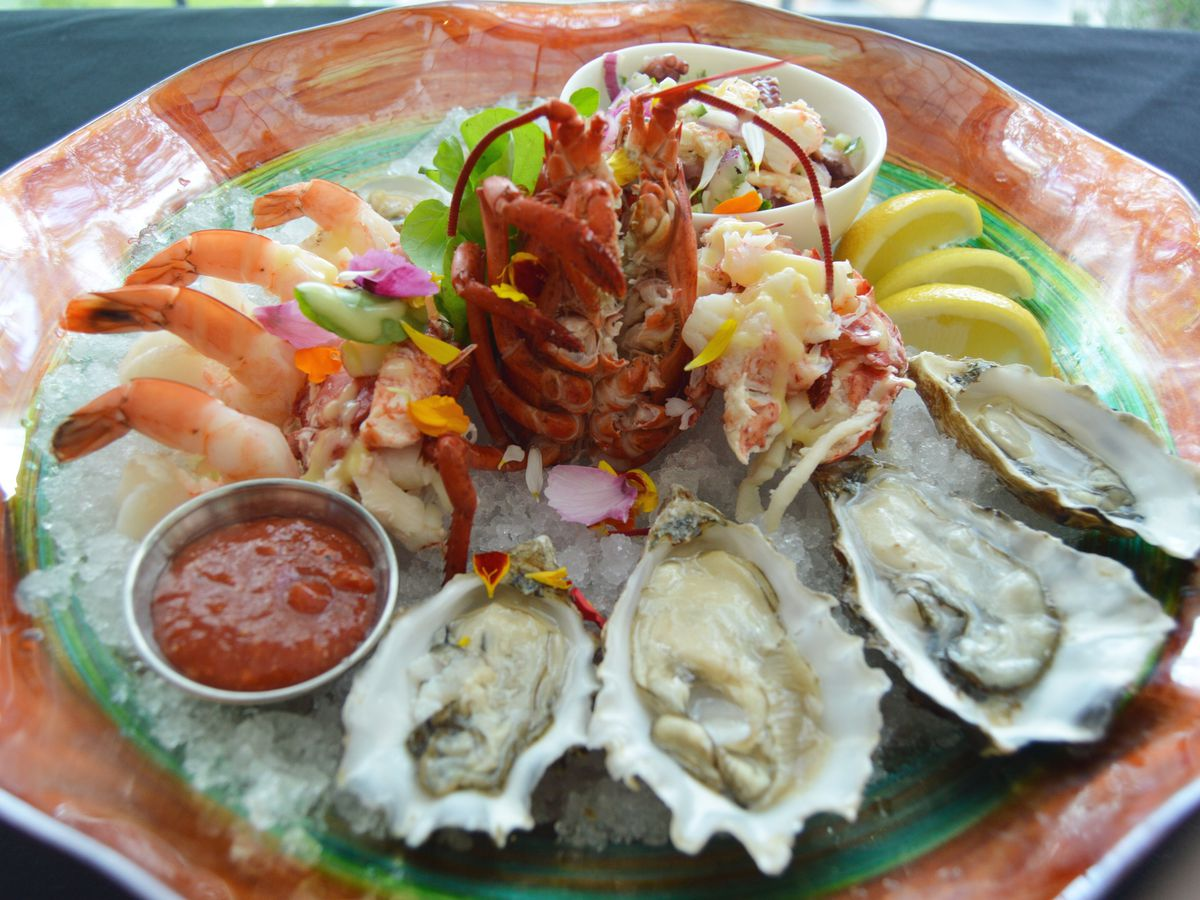 Americana seafood platter for two