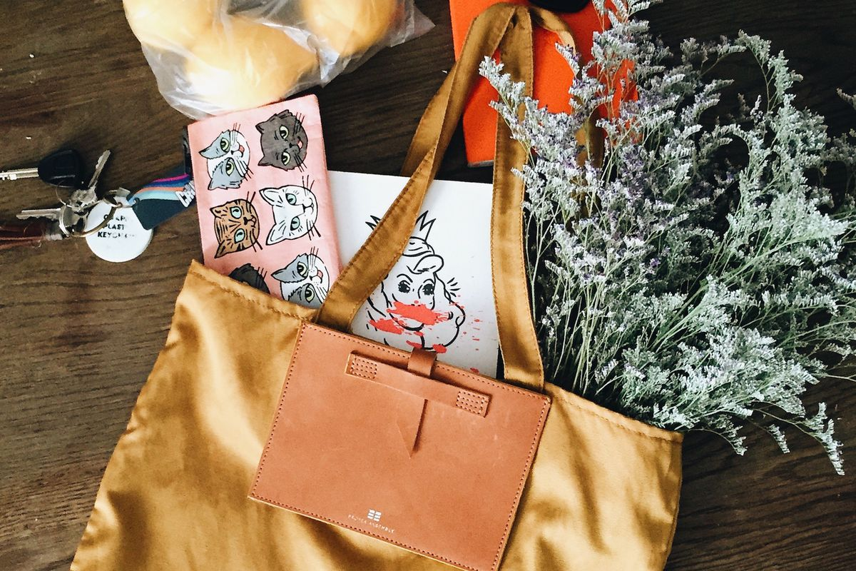 proper-assembly-tote-2015_05