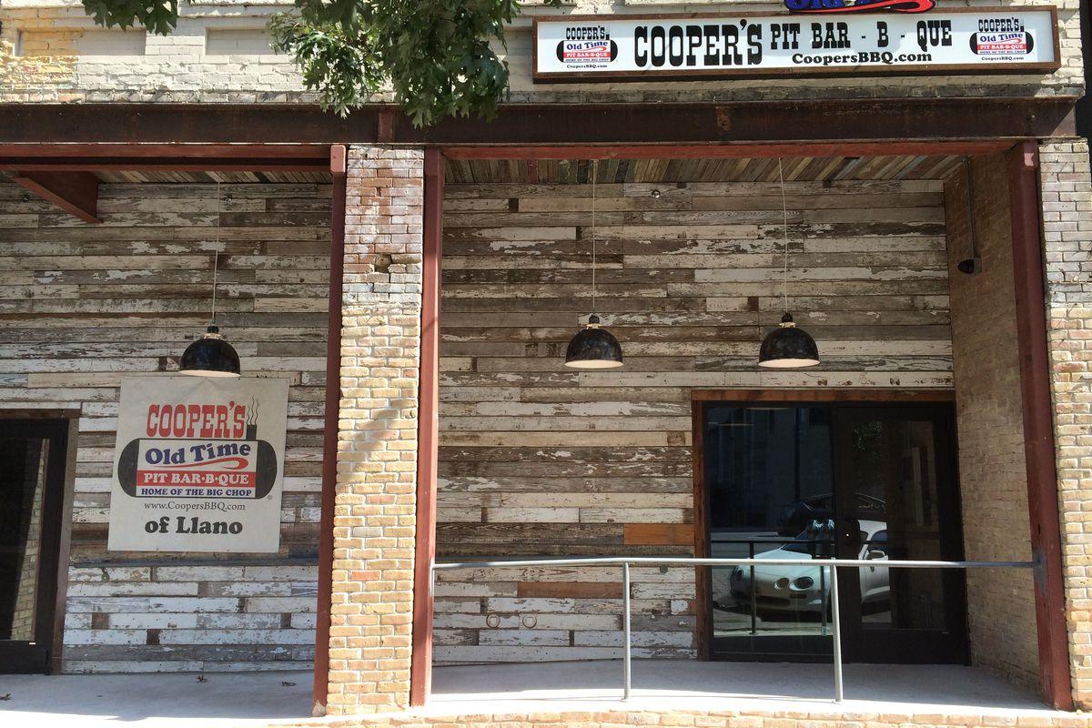 Cooper's Pit Bar-B-Que in Austin