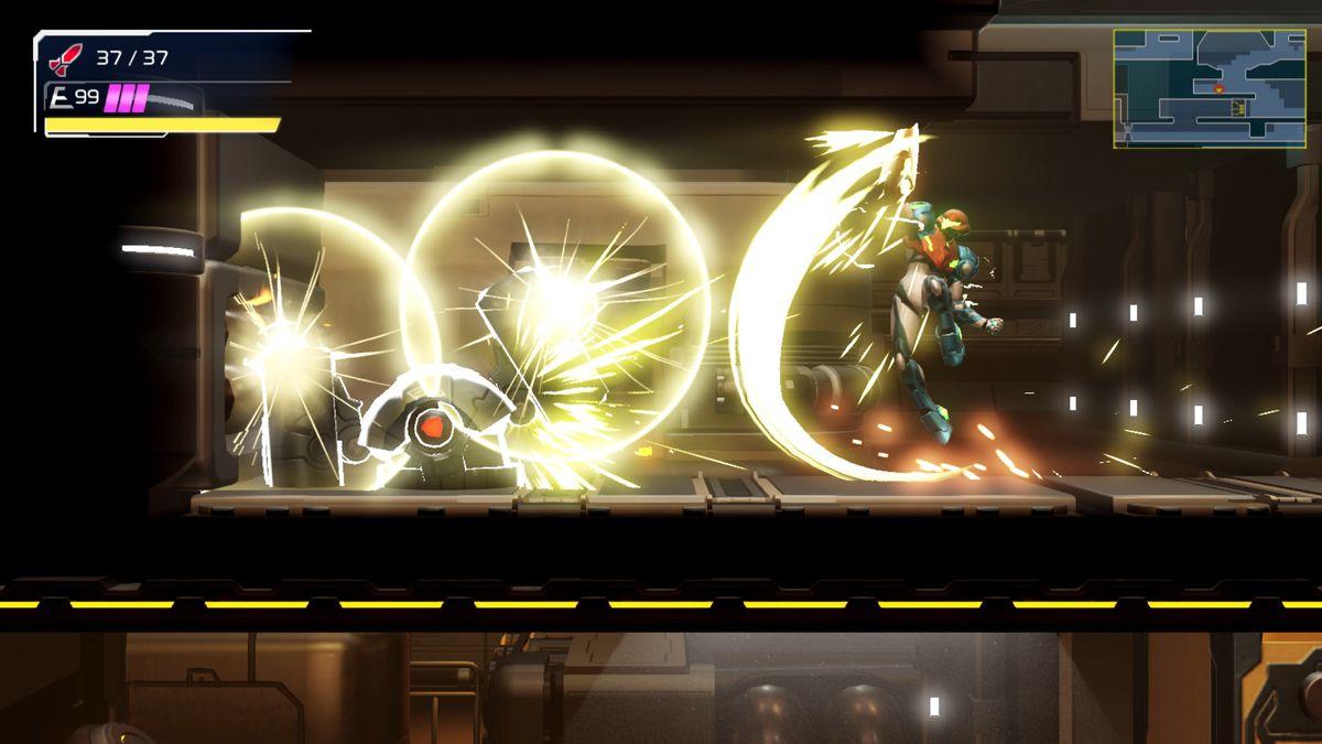 Samus melee attacks an enemy in Metroid Dread