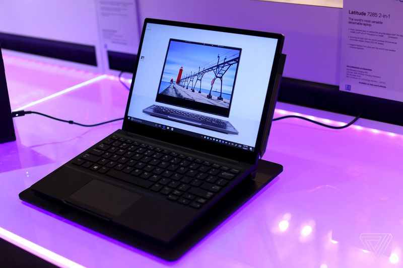 This Dell 2 In 1 Laptop Can Wirelessly Charge Through Its Keyboard